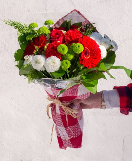 A Variety of Holiday Floral Options For Local and National Delivery